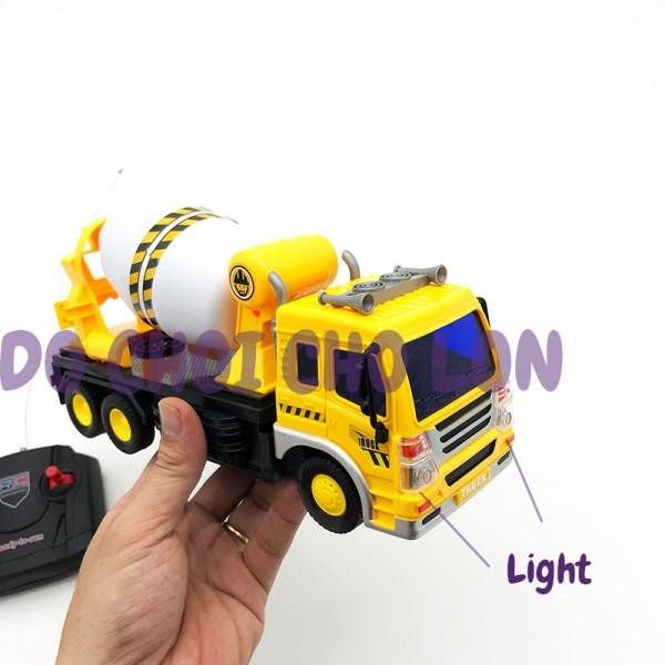 Hộp đồ chơi xe hồ trộn xi măng điều khiển từ xa có đèn 958-2