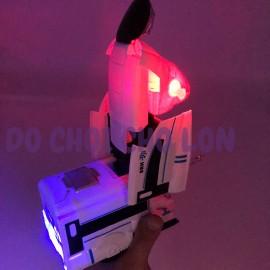 Hộp đồ chơi tàu cao tốc biến hình Robot có đèn nhạc 8998A