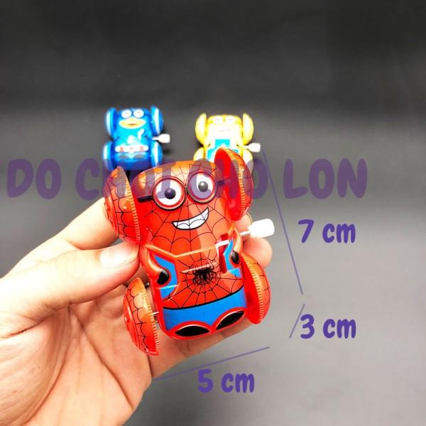 Đồ chơi xe siêu anh hùng Minion nhào lộn 360 độ chạy cót 5813B