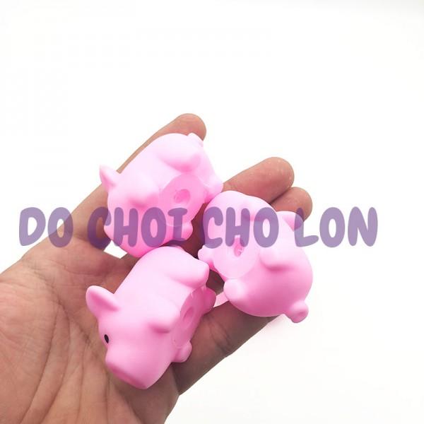 Bộ đồ chơi heo mẹ và 3 chú heo con CHÍT màu HỒNG 7681-1