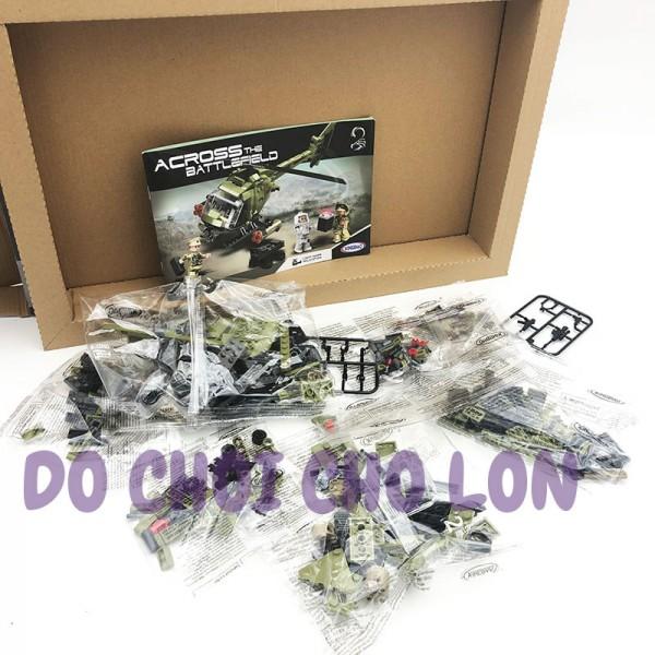 Hộp đồ chơi lắp ráp trực thăng chiến đấu Across Battlefield 425 miếng XB06013