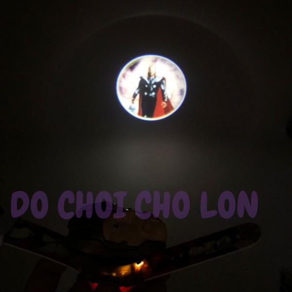 Đồng hồ THẦN SẤM THOR BẬT NẮP chiếu hình ảnh lên tường WLT2844