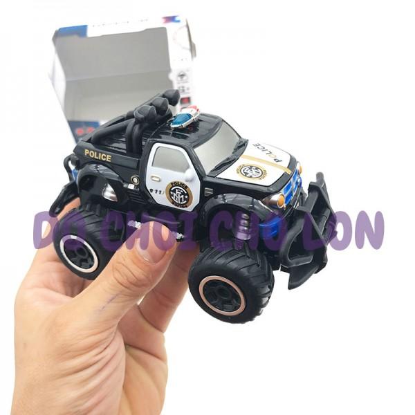 Hộp đồ chơi xe cảnh sát Police địa hình điều khiển từ xa 6146H