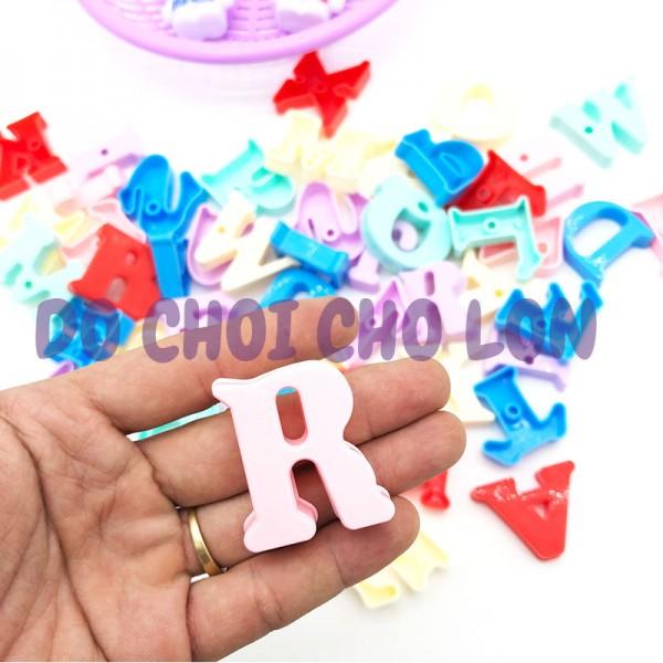 Bộ đồ chơi rổ đựng chữ cái xếp hình bằng nhựa 52 mãnh LT965