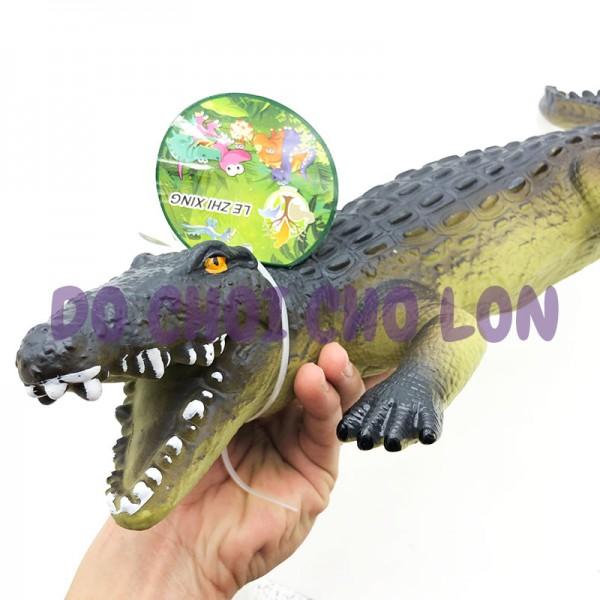 Đồ chơi mô hình cá sấu bằng nhựa mềm nhồi bông có nhạc 665A