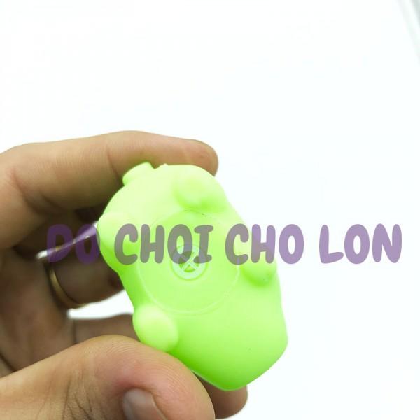 Đồ chơi mô hình heo con đủ màu phát ra âm thanh chít chít (1 con) C100-3