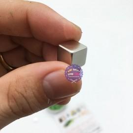 Hộp đồ chơi đất sét nam châm lỏng ma thuật Magnetic Putty