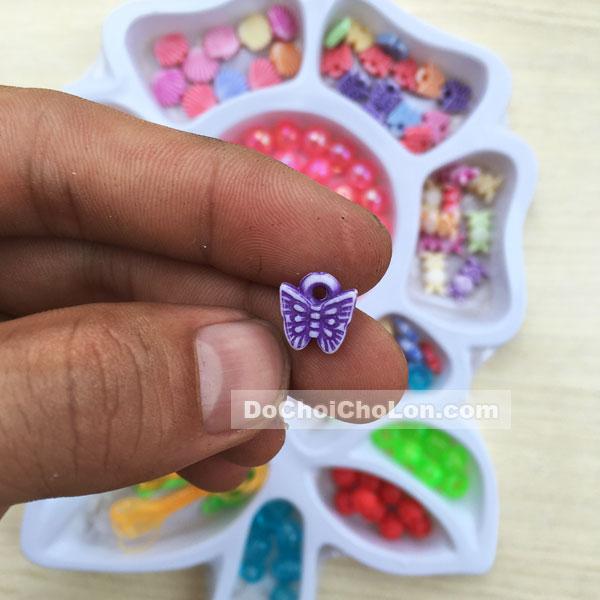 Vỉ đồ chơi xâu vòng hạt cườm nhựa hình bông hoa