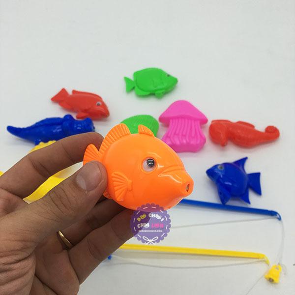Đồ chơi thau câu cá nam châm dưới nước 2 cần 10 cá