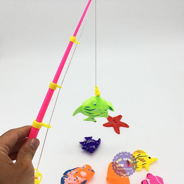 Vỉ đồ chơi câu cá nam châm dưới nước 1 cần 10 cá