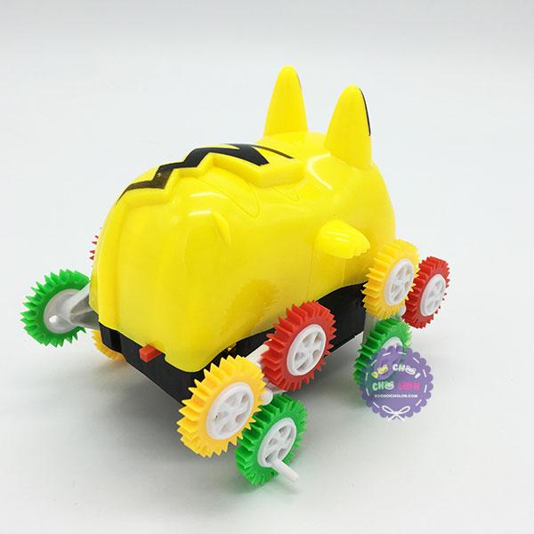 Hộp đồ chơi xe Pikachu nhào lộn 12 bánh lật chạy pin