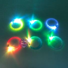 Vòng đeo tay có đèn led phát sáng nhiều màu