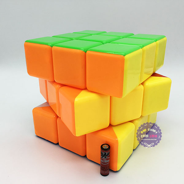 Hộp đồ chơi Rubik Magic Cube 3 hàng 3x3 lớn (18 cm)