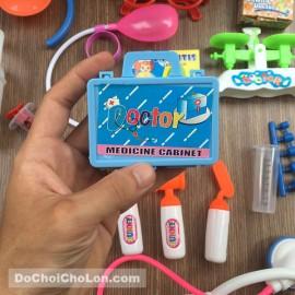 Đồ chơi túi bác sĩ hồng 17 món dụng cụ y tế