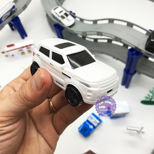 Hộp đồ chơi đường ray 2 tầng 11 xe máy bay bằng sắt 74 mảnh