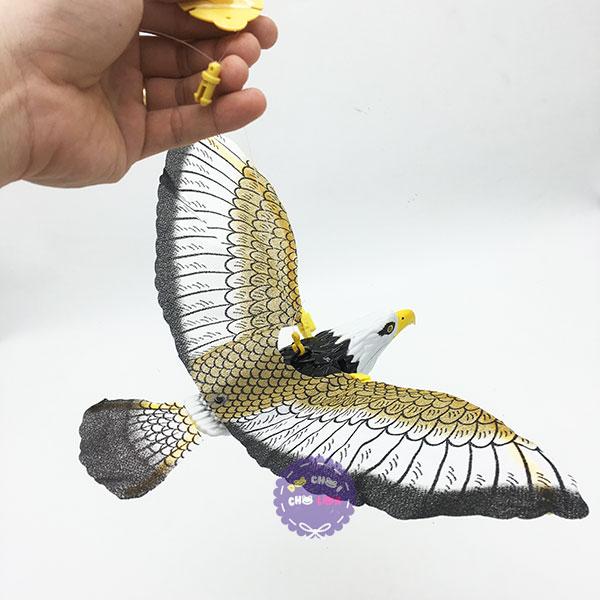 Đồ chơi mô hình chim đại bàng vỗ cánh dùng pin có đèn nhạc