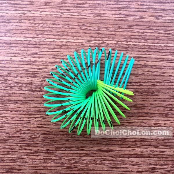 Đồ chơi lò xo cầu vòng nhựa 12 cái