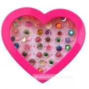 Hộp đồ chơi nhẫn tim