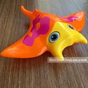 Đồ chơi chú cá đuối chạy bằng dây cót
