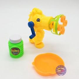 Vỉ đồ chơi súng thổi bong bóng xà phòng quay tay hình chú ngựa