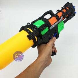 Đồ chơi súng nước áp lực 6 nòng trung
