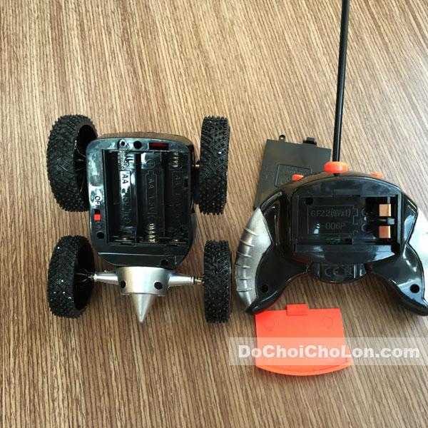 Hộp đồ chơi xe điều khiển nhào lộn Top Stunt